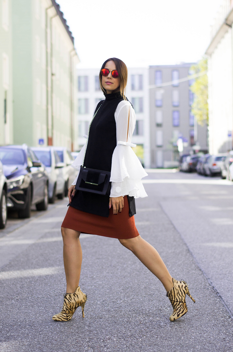 MIDI SKIRT, FLARED BLOUSE & ANKLE BOOTS WITH ANIMAL PRINT