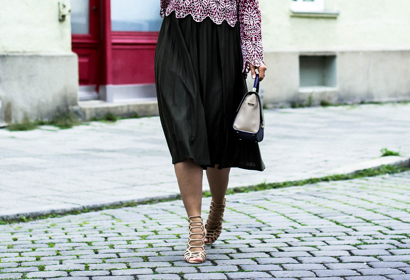 Sommer-Outfit-mit-Midirock