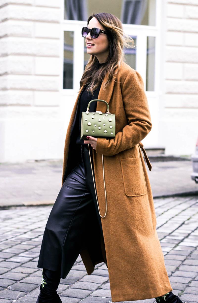 Trend_Perlen_Taschen_Streetstyle